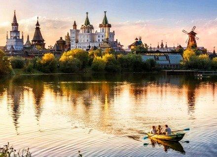 Izmailovo Kremlin - Wooden Architecture Complex, Arts & Crafts Centre