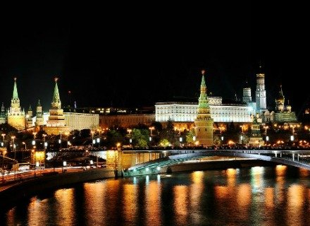 Moscow by Night City Tour by Car