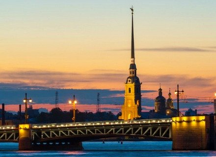 St. Petersburg City Tour by Car